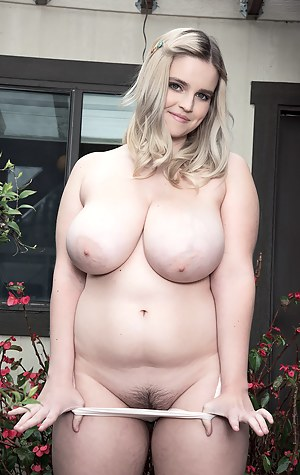 Chubby XXX Pictures
