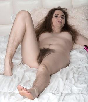 Hairy XXX Pictures